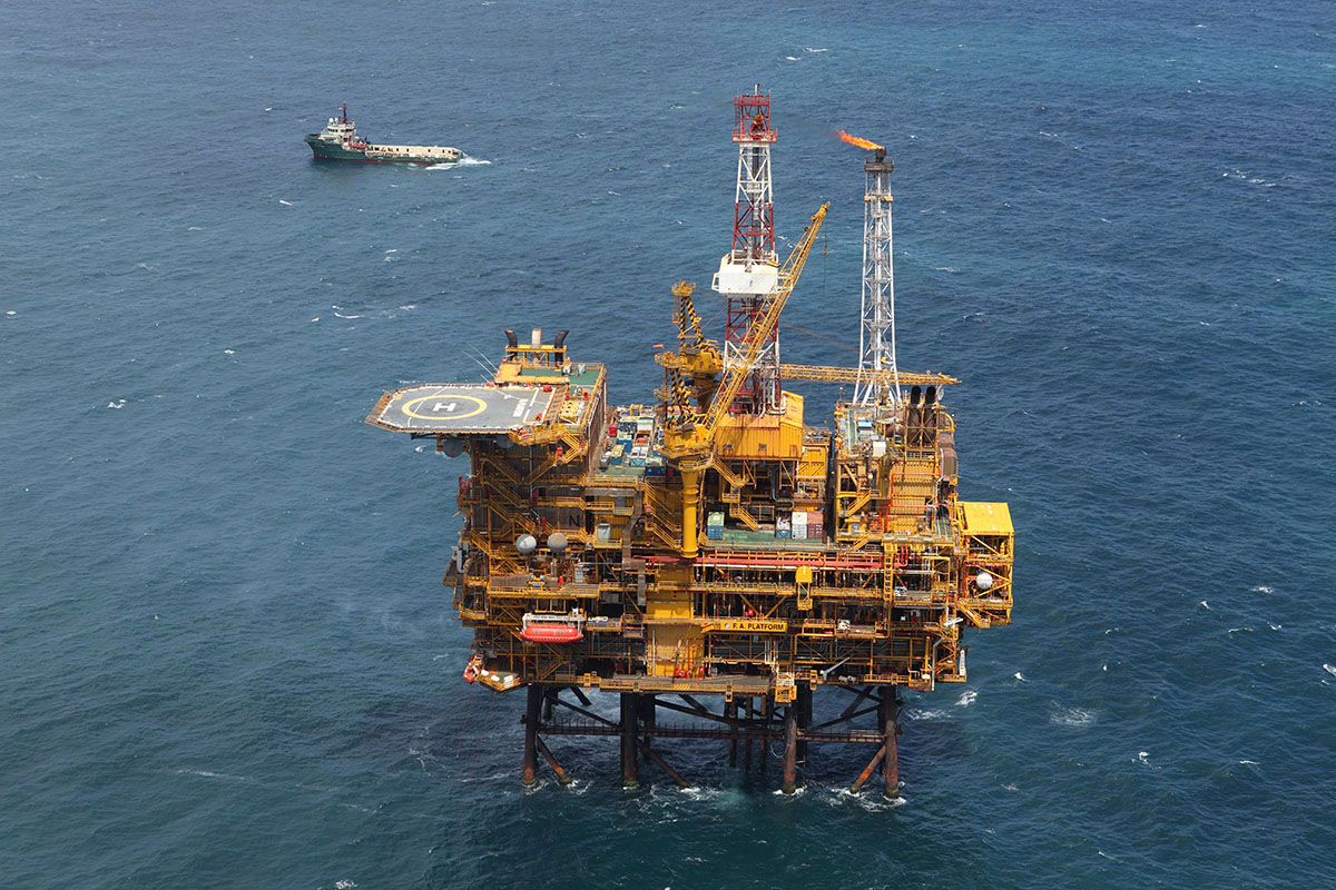Platform F-A; production platform offshore Mosselbay  - Contributed by Peter Dekker (PetroSA)